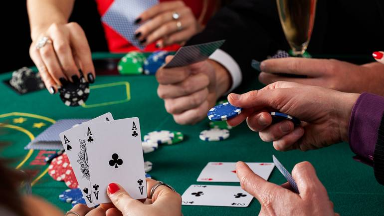 What The Consultants Aren't Saying About Gambling And The Way It Impacts You